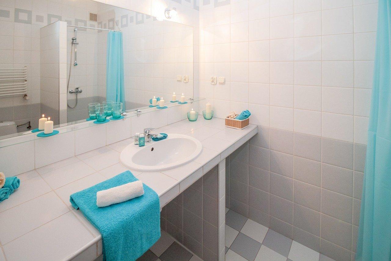 Dystrybutory mydła obowiązkowym wyposażeniem toalet