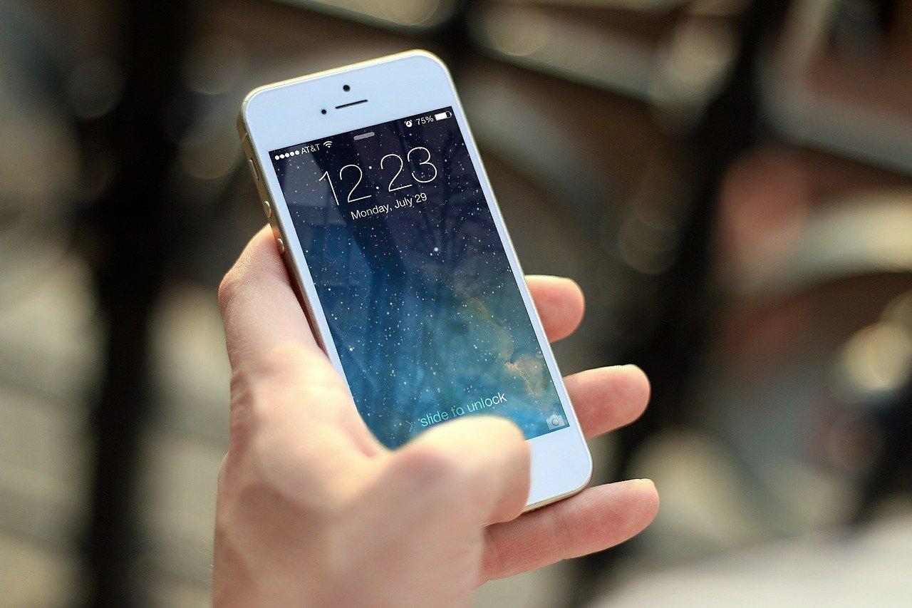 Kilka sposobów na zepsucie telefonu